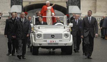 Nowy papamobile dla Benedykta XVI
