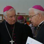 Biskup Paweł Socha przechodzi na emeryturę