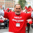 <p>Marsz dla Jezusa przejdzie ulicami Krakowa</p> <p>W sobotę 23 maja z Placu Wolnica pod honorowym patronatem Prezydenta Miasta Krakowa wyruszy Marsz dla Jezusa. W pokojowej manifestacji wezmą udział katolicy i protestanci z różnych denominacji. Jej celem jest zwrócenie uwagi na …</p>
