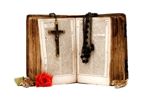 biblia-krzyz