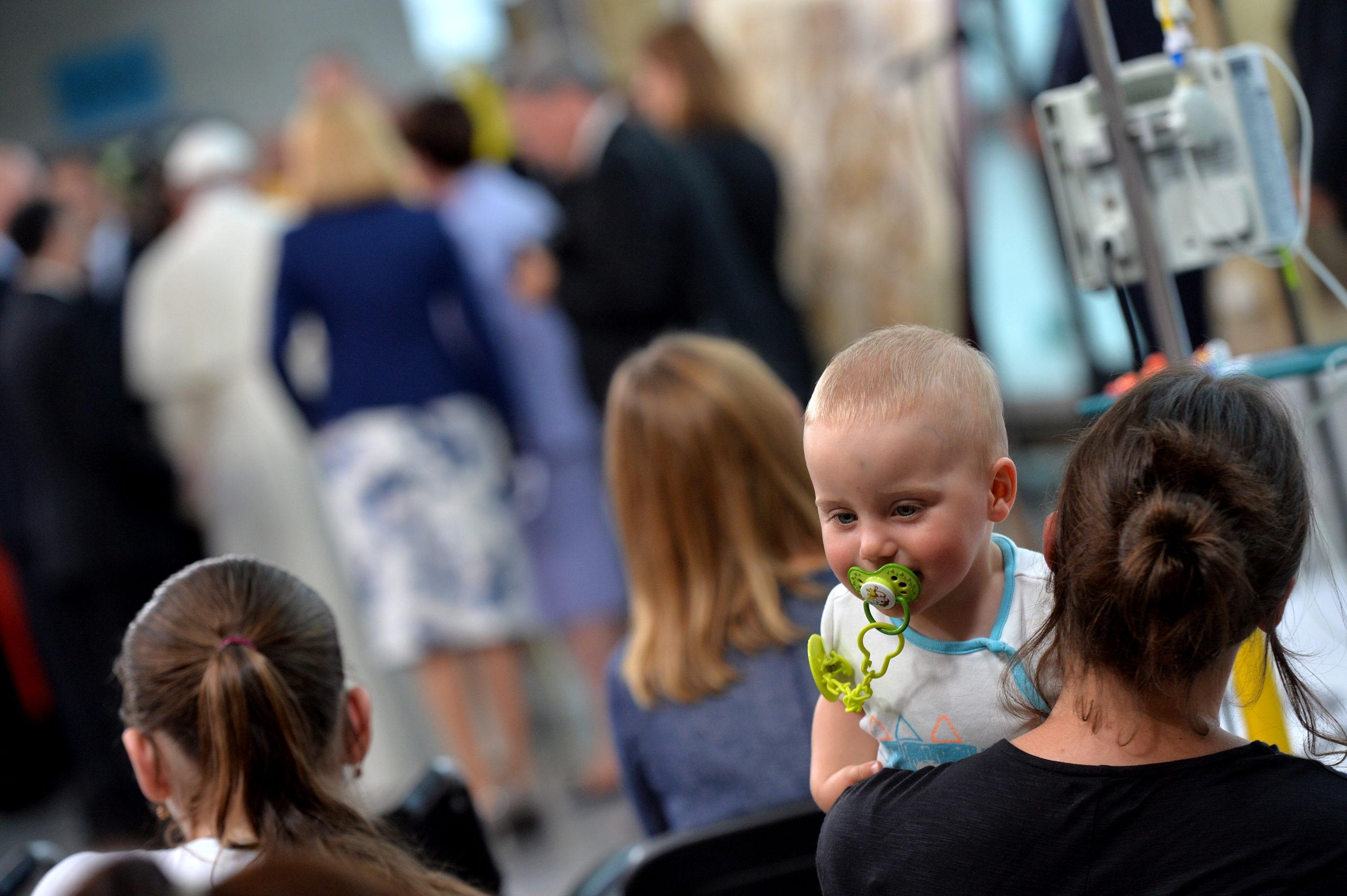 Wizyta  papieża Franciszka w szpitalu dziecięcym w Krakowie-Prokocimiu, 29 VII 2016